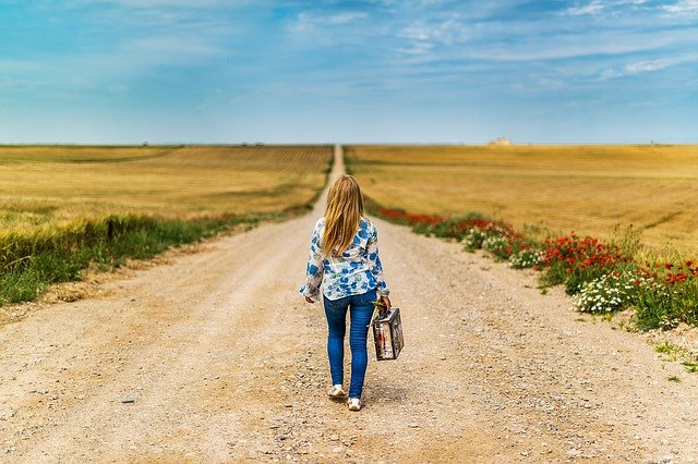 empty nest syndrome as girl leaves